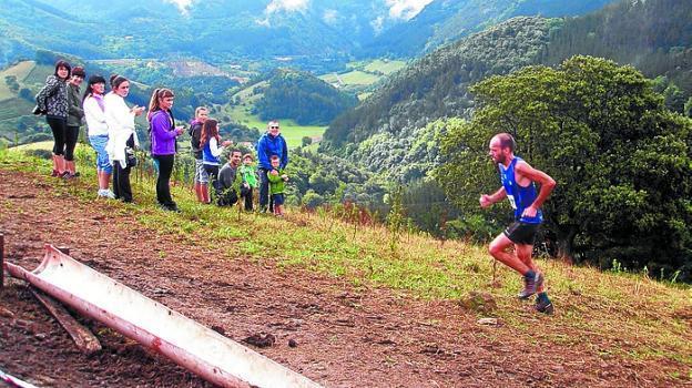 [DIARIO VASCO] IX Arno Trail proba, larunbatean